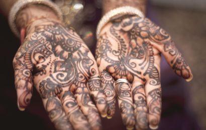 Ini Dia 9 Ide Hadiah Ulang Tahun Pernikahan yang Tidak Akan Terlupakan